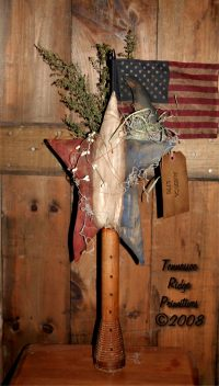 Primitive Grungy Americana Star With Crow & Flag Make Do Pattern