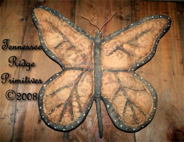 Primitive Grungy Spring Butterfly Door Hanger E-pattern