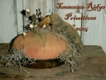 Primitive Dirty Grungy Pumpkin Crow Pie Pattern