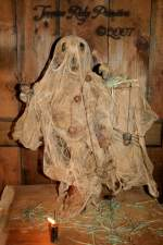 Primitive Grungy Dirty Halloween Ghost With Spiders Make Do Pattern