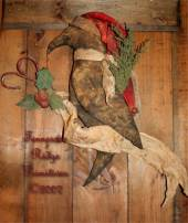 Very Primitive Santa Crow Door Doll With Holly Banner Pattern