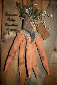 Primitive Grungy Dirty Easter Carrots & Crow Door Hanger E-pattern