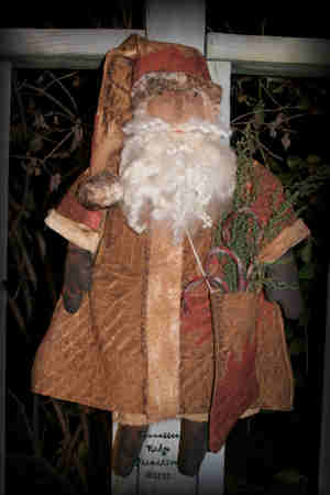 Primitive Grungy Santa Doll With Quilt Coat and Stocking Pattern